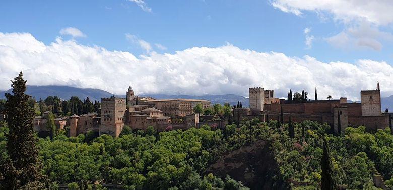 Reisebericht aus Andalusien:  Blick auf die Alhambra in Granada