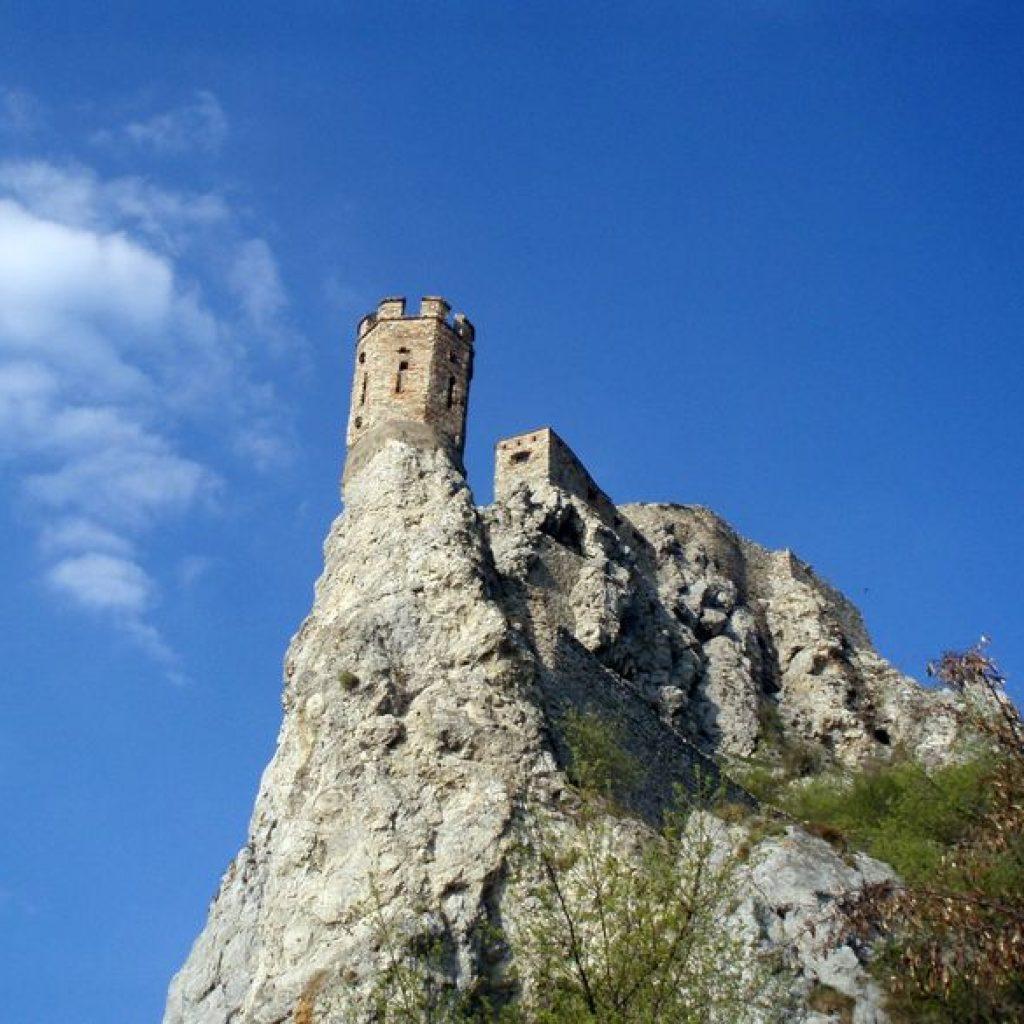Der Jungfrauturm der Burg Devin