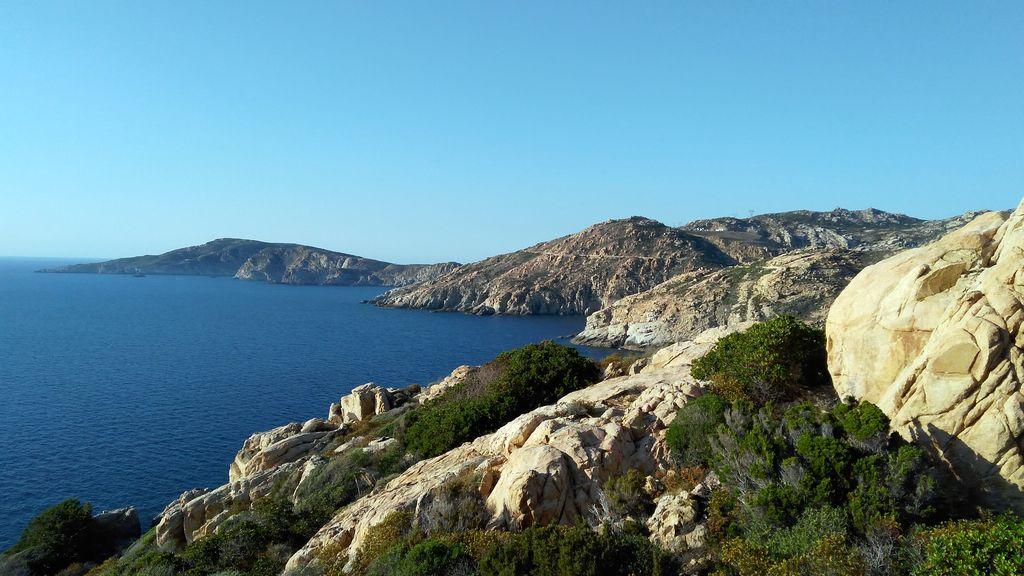 Wandern auf der Küste von Korsika
