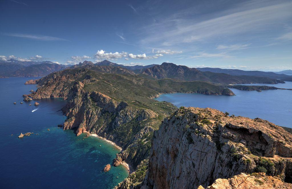Korsika: Capo Rosso, Tour de Turghiu